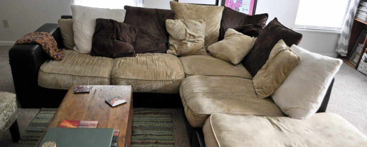قیمت-شستشوی-مبل-در-منزل-قالیشویی-ادیب