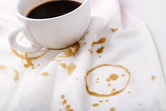 حذف-لکه-چای-از-فرش-قالیشویی-ادیب
