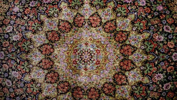 فرش-ابریشمی-قالیشویی