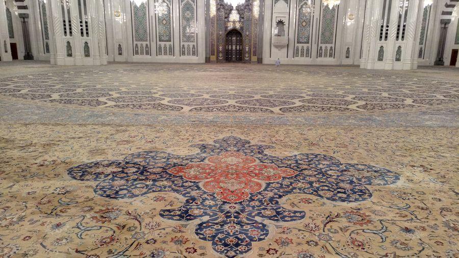 زیباترین-فرش-در-بهترین-مسجد-قالیشویی