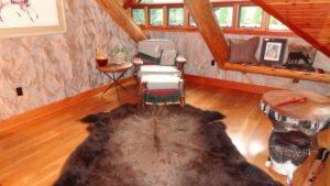 فرش-زیبا-چرم-قالیشویی-ادیب