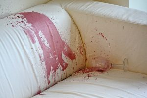 wine-sofa-stain-adin-cleaning-carpet