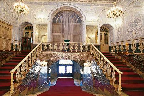 فرش-کاخ-گلستان-قالیشویی