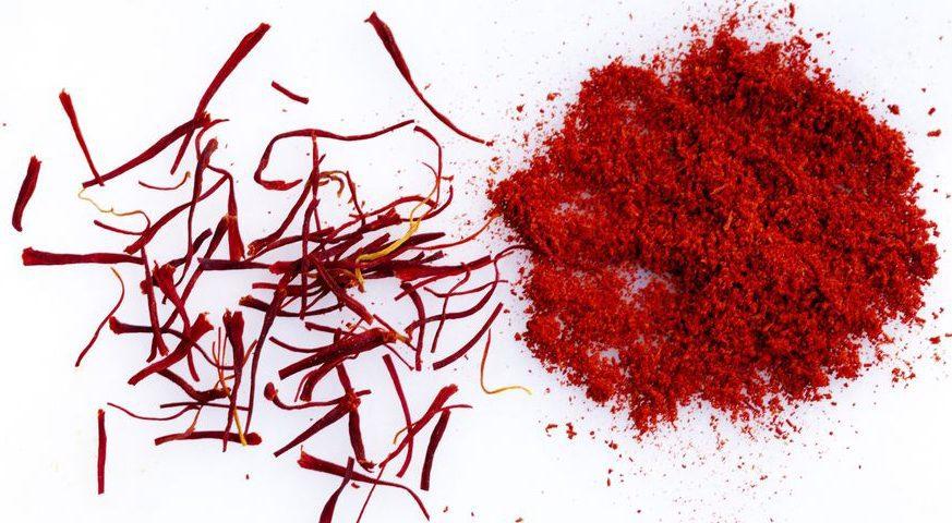تمیز-کردن-لکه-زعفران-قالیشویی-ادیب