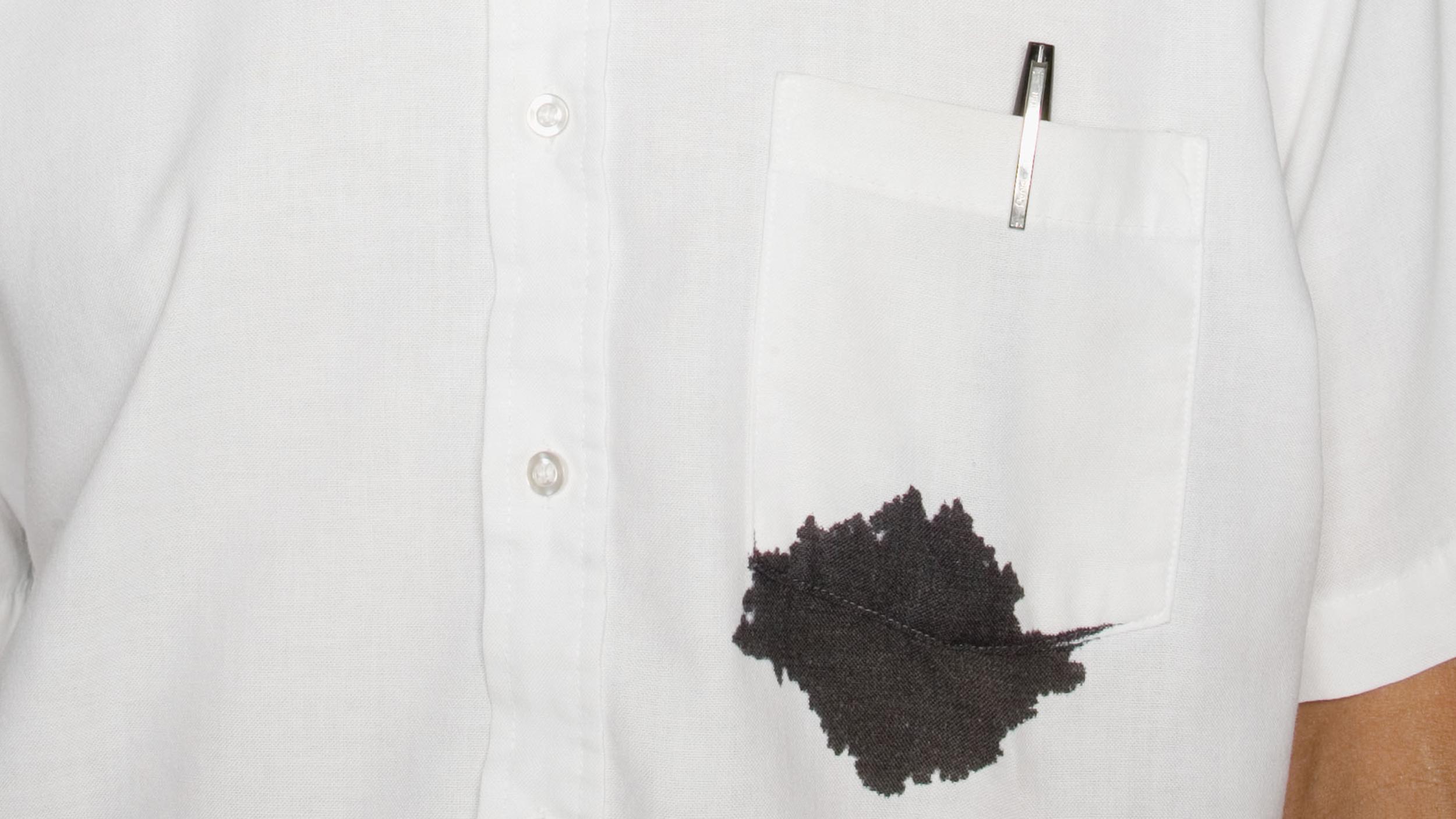 شستن-لکه-سیاه-جوهر